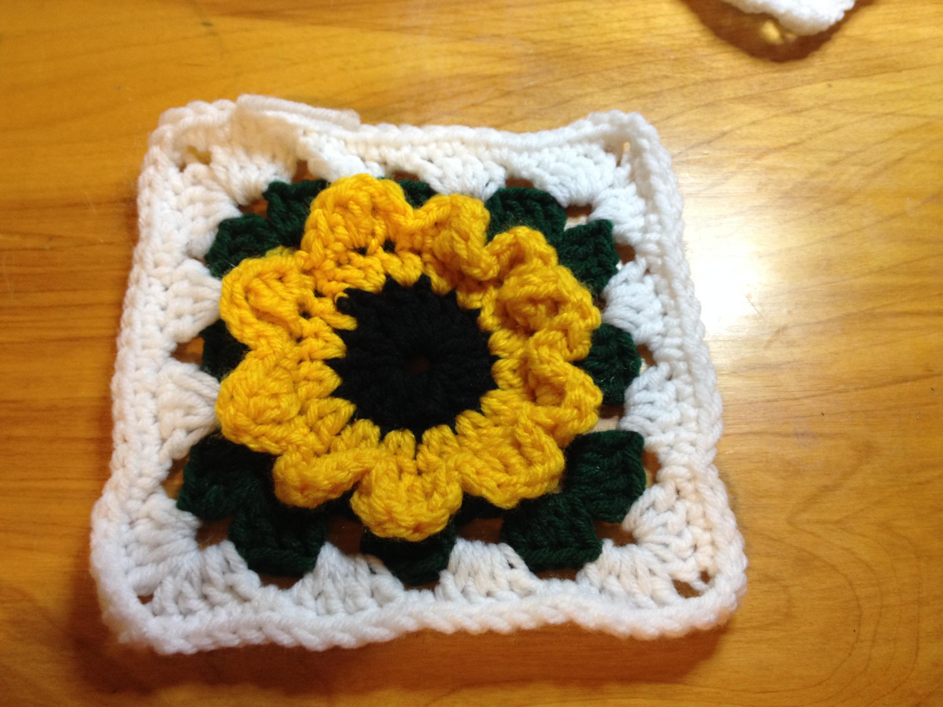 Sunflower Granny Square | msdebbie2u